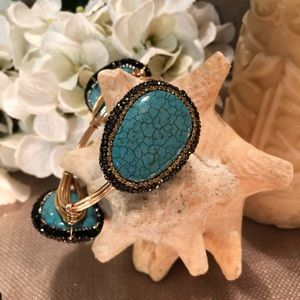 Jewelry - Turquoise and pave 3 station bangle